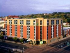 Holiday Inn St. Paul Downtown in Roseville, Minnesota