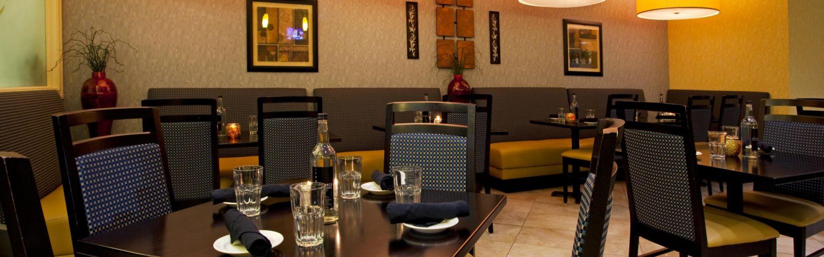 Restaurants Near Holiday Inn Statesboro University Area