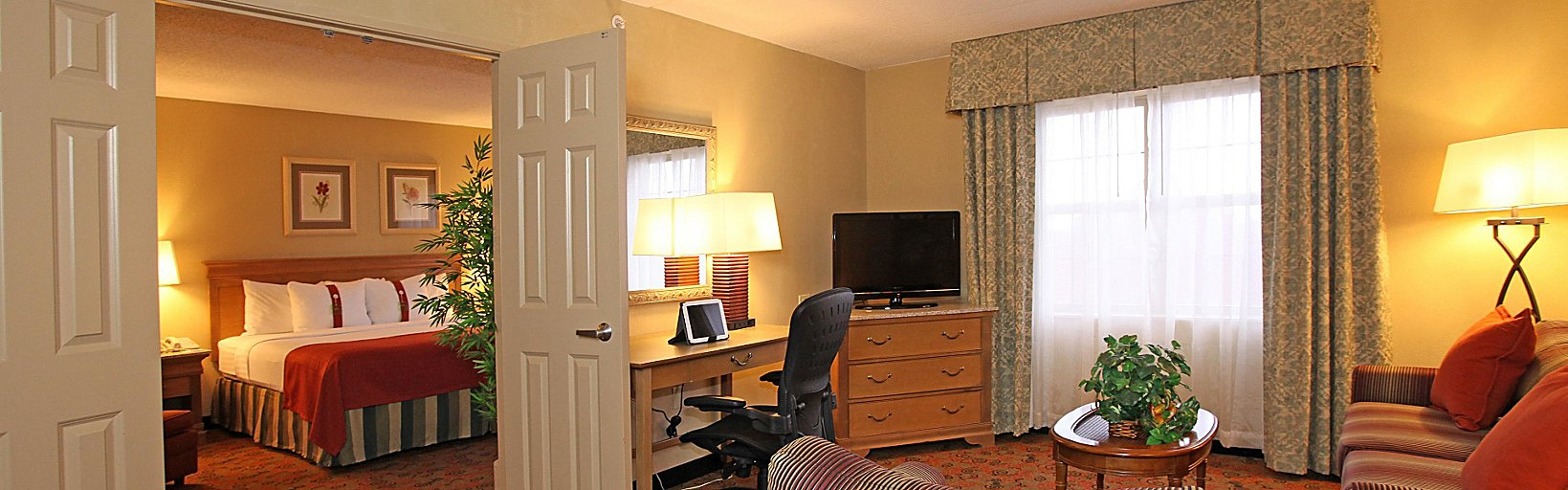 Excellent Holiday Inn Chicago Tinley Park Conv Ctr Room Pictures Home Interior And Landscaping Elinuenasavecom