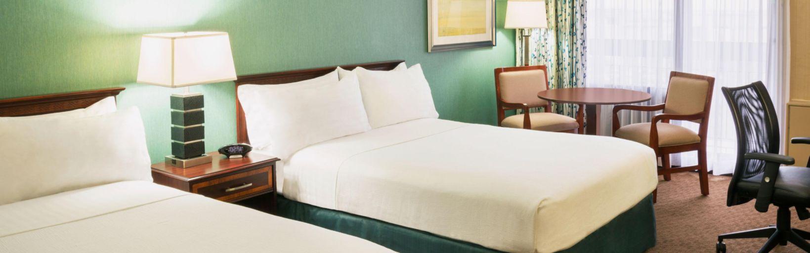 Toronto Yorkdale Lobby Standard Guest Room