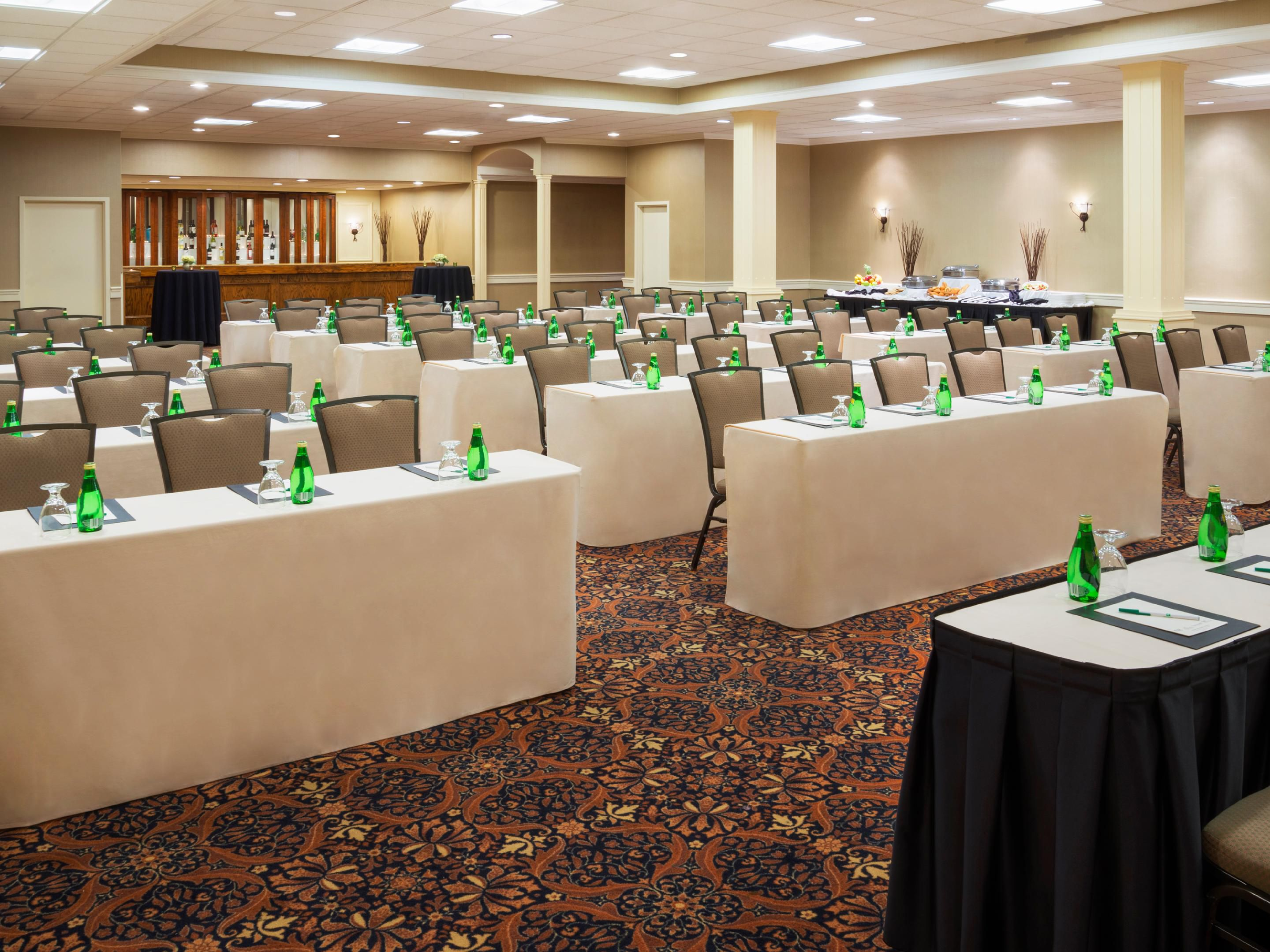 deHavilland hall for meetings and events in Toronto up to 180