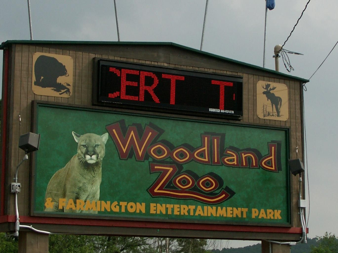 Visit Woodland Zoo during your stay with us!