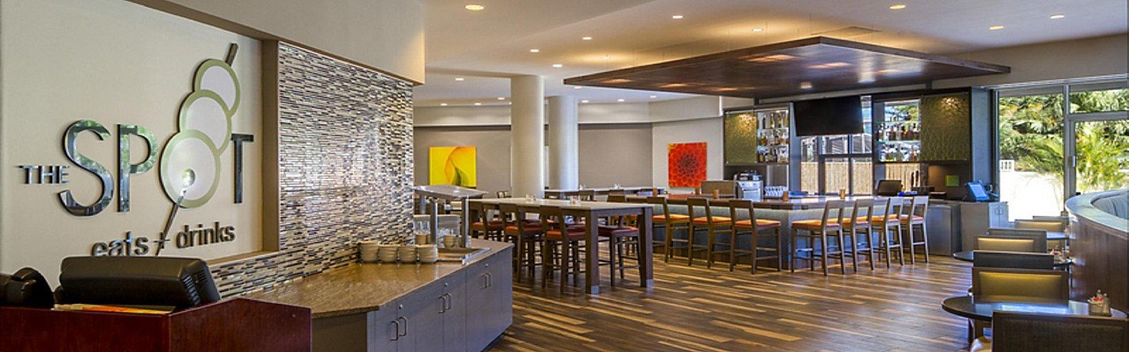Restaurants Near Holiday Inn Palm Beach Airport Conf Ctr