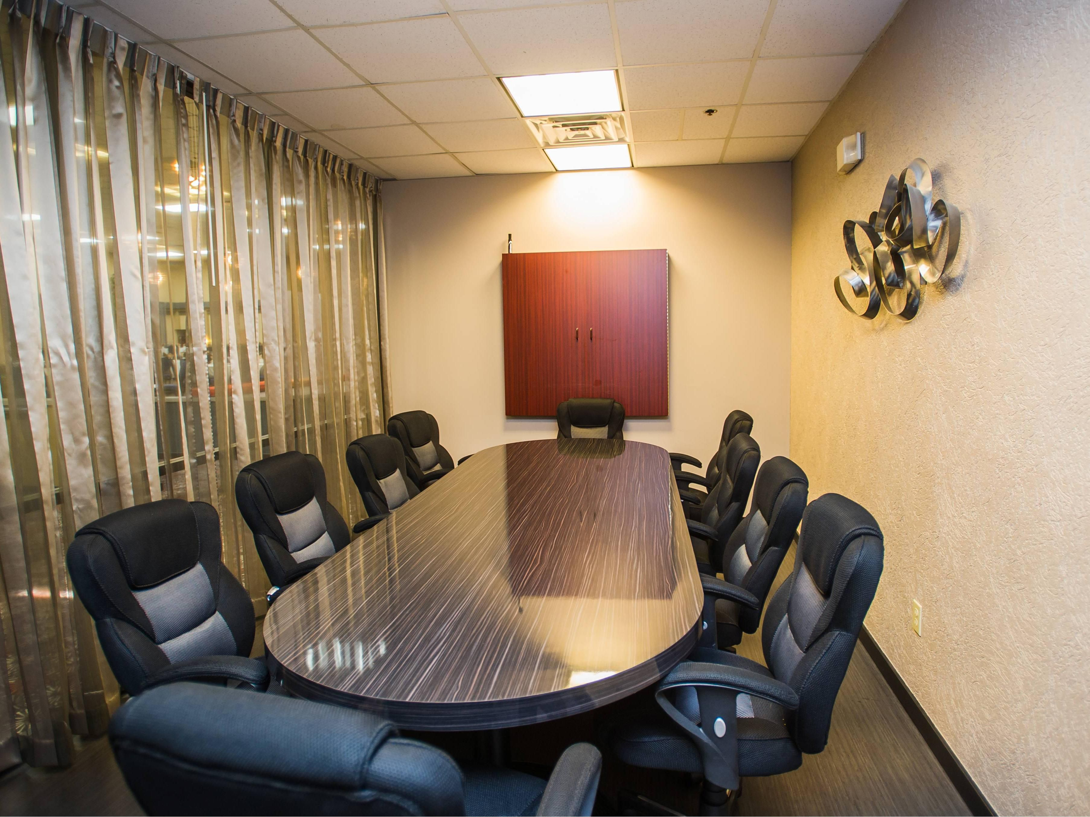 Executive Boardroom seating up to 10 people
