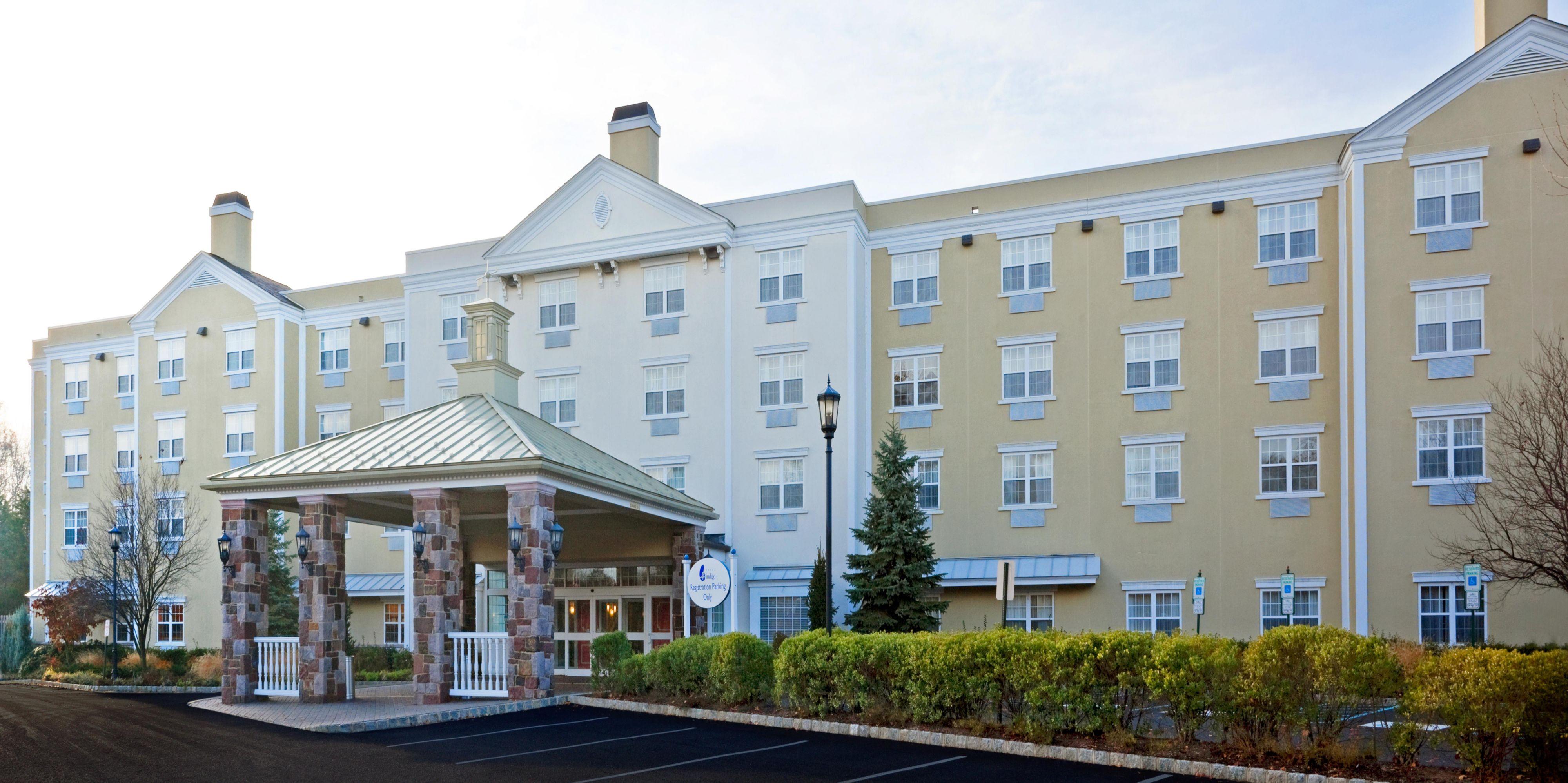 Basking Ridge Hotel Exterior