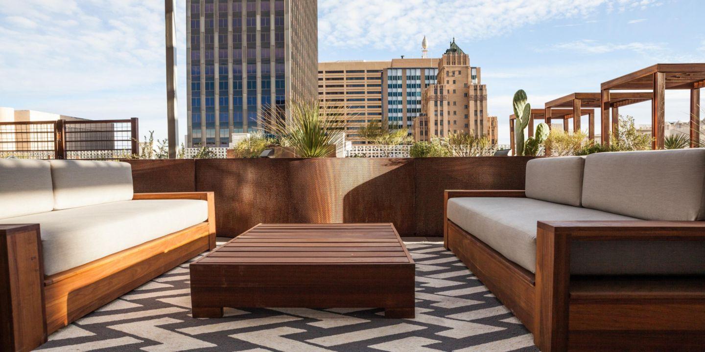 el paso hotels hotel indigo el paso downtown hotel in el paso texas guestpatiophoto