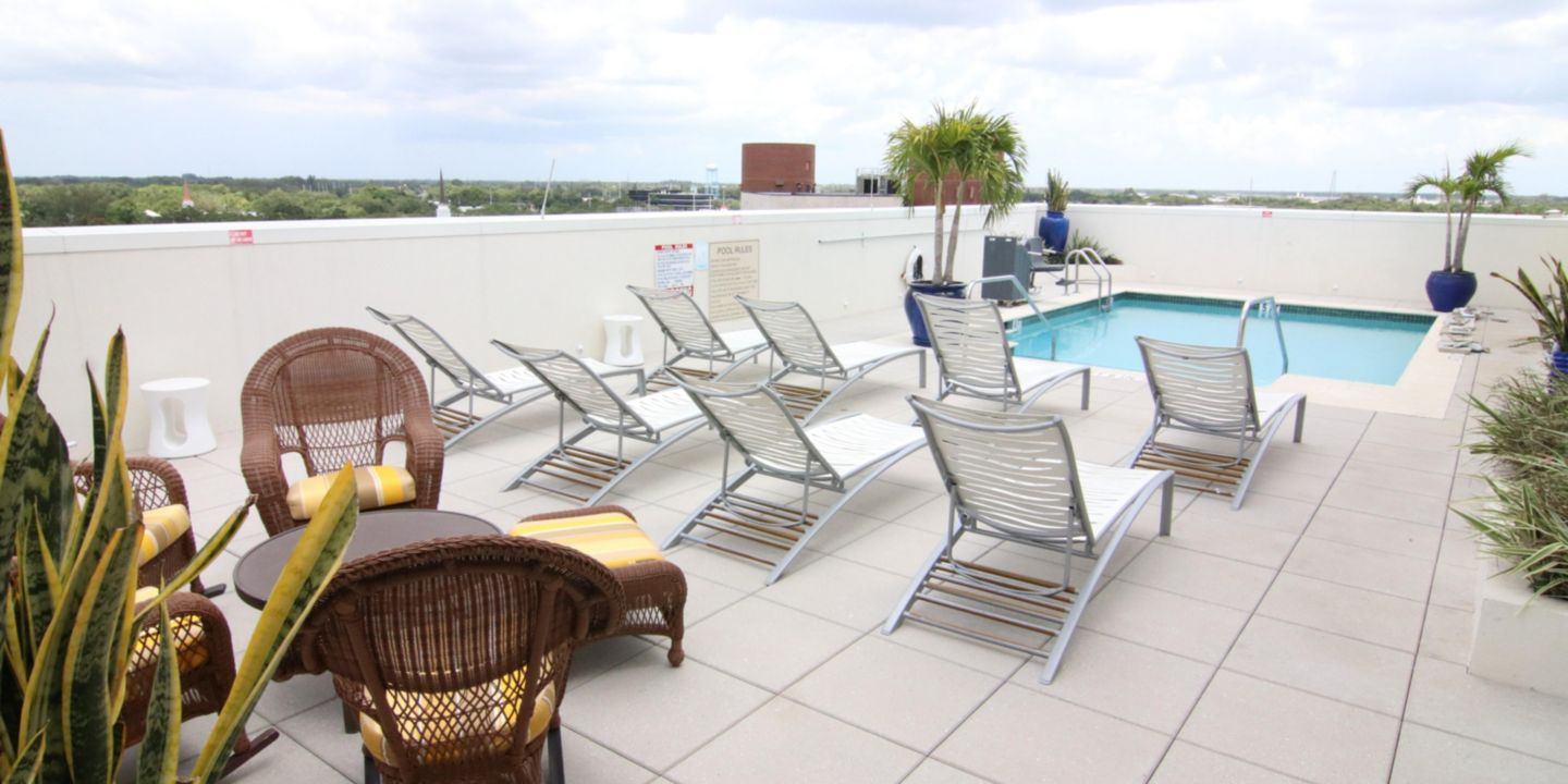 Hotel Indigo Ft Myers Dtwn River District - Fort Myers, Florida