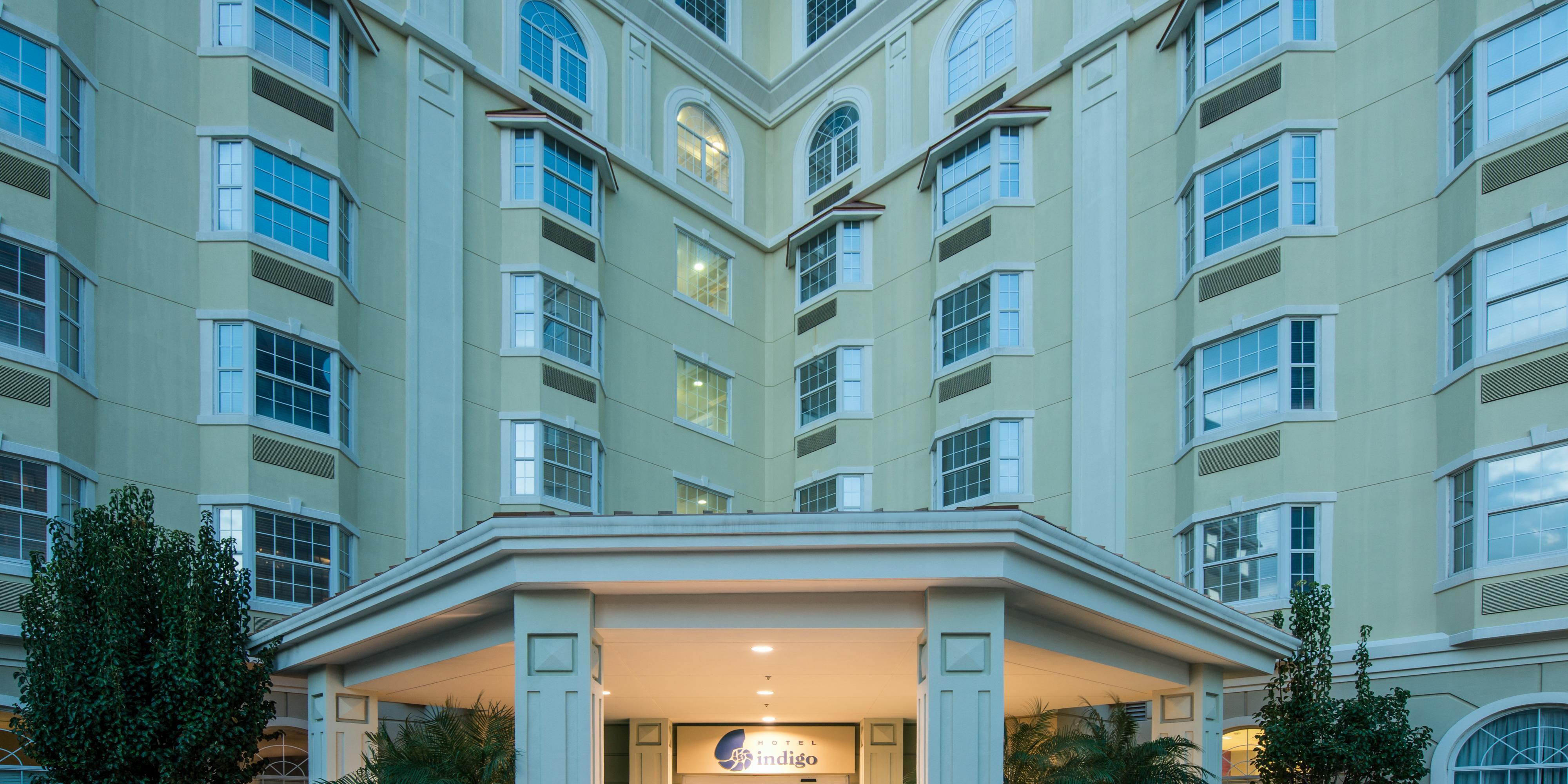 Hotel Indigo Houston At The Galleria Exterior ...