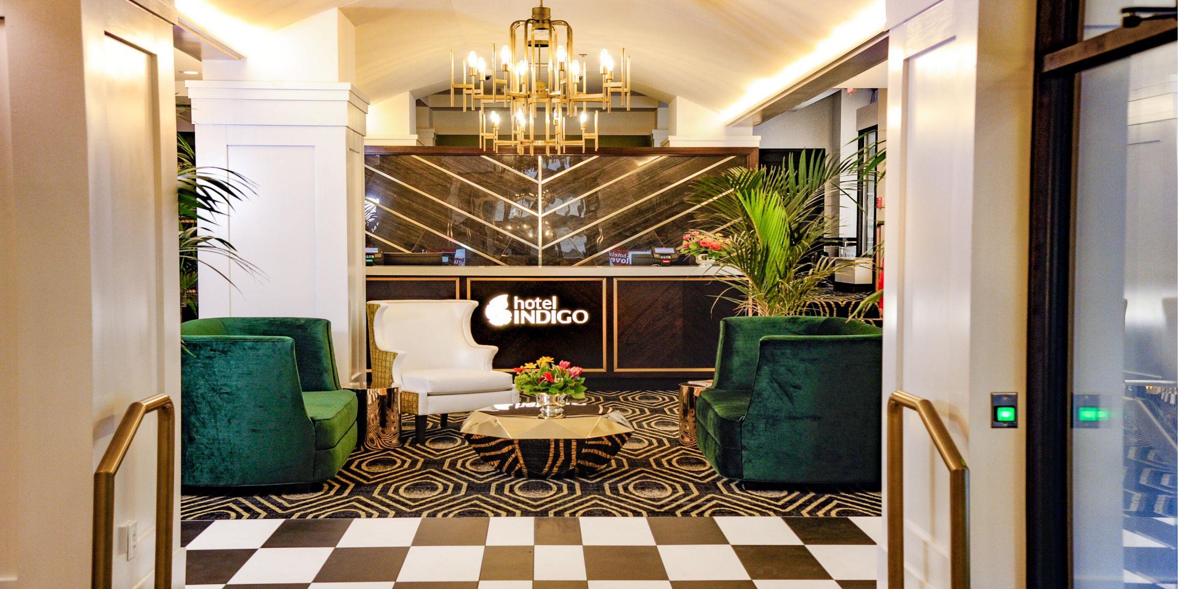Kansas City Hotels: Hotel Indigo Kansas City Downtown Hotel in ...