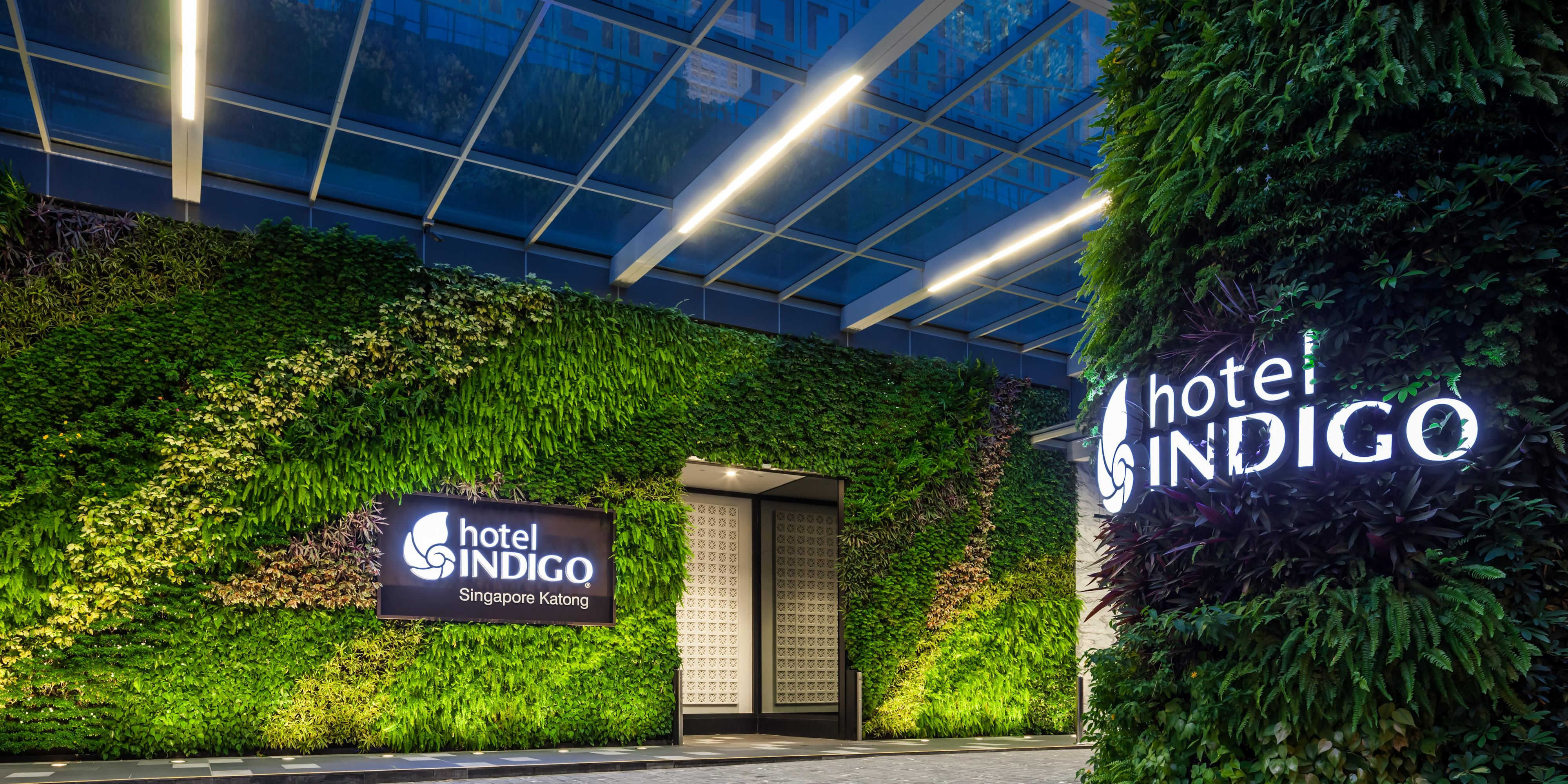 ... A Vertical Garden Welcomes Guests At The Entrance ...