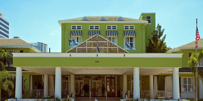 st petersburg hotels hotel indigo saint petersburg. Black Bedroom Furniture Sets. Home Design Ideas