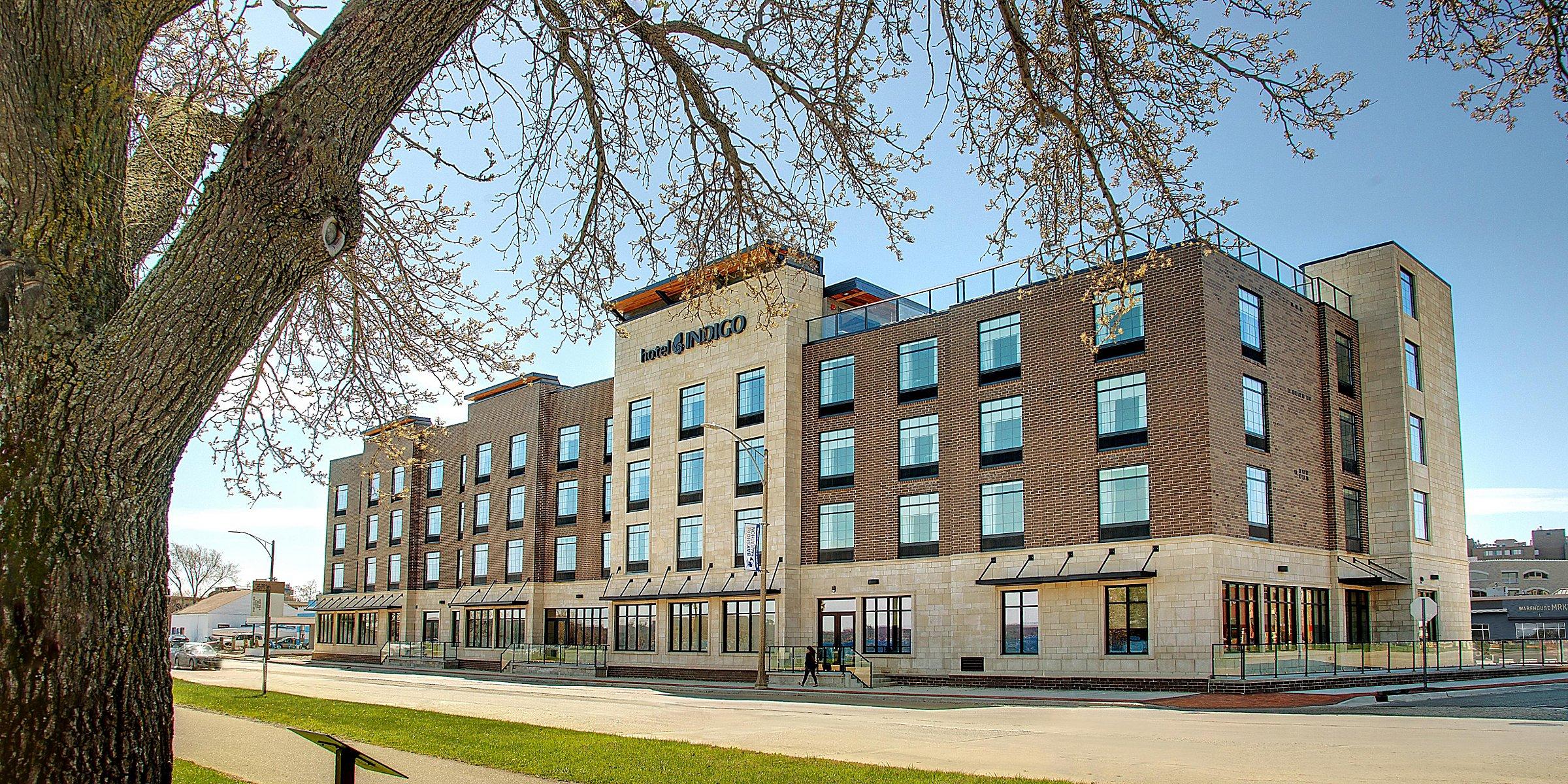 Traverse City Hotels: Hotel Indigo Traverse City Hotel in ...