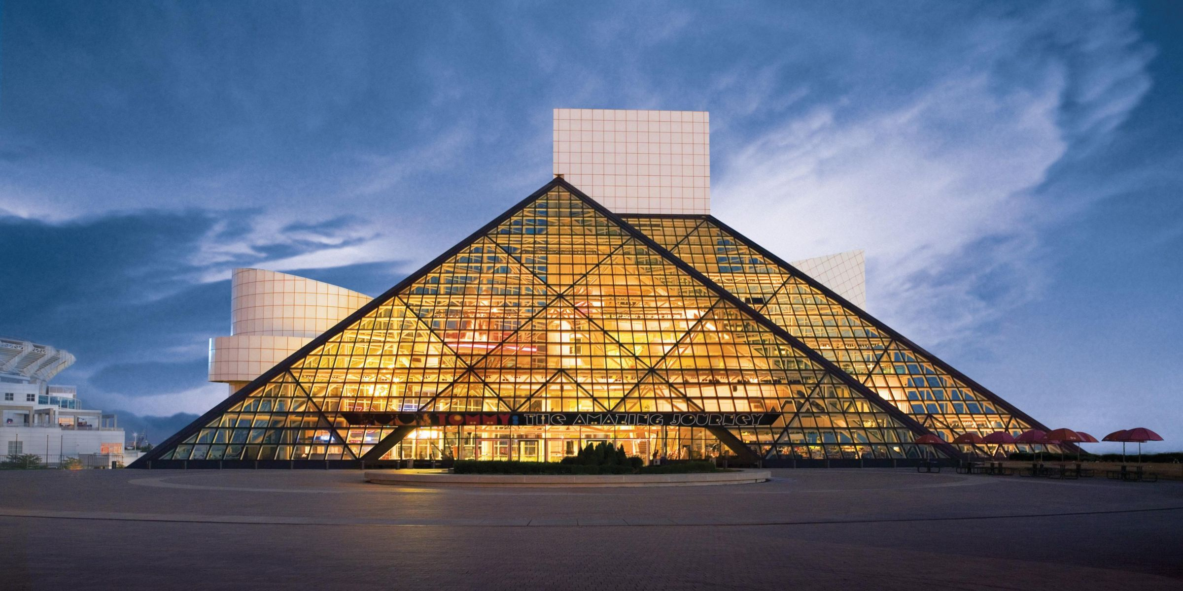 Cleveland Museum Of Art Rock And Roll Hall Fame