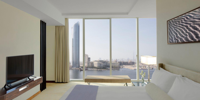 Αποτέλεσμα εικόνας για Dubai Business Bay to welcome Crowne Plaza and InterContinental Residence Suites