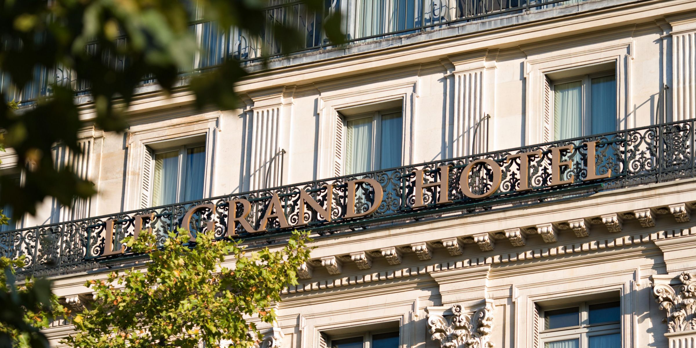 Entrance Welcome At The Intercontinental Paris Le Grand Hotel Exterior