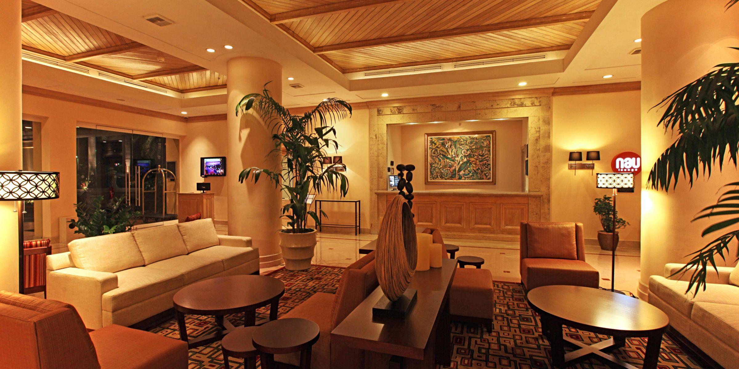 Hotel Exterior Lobby Lounge