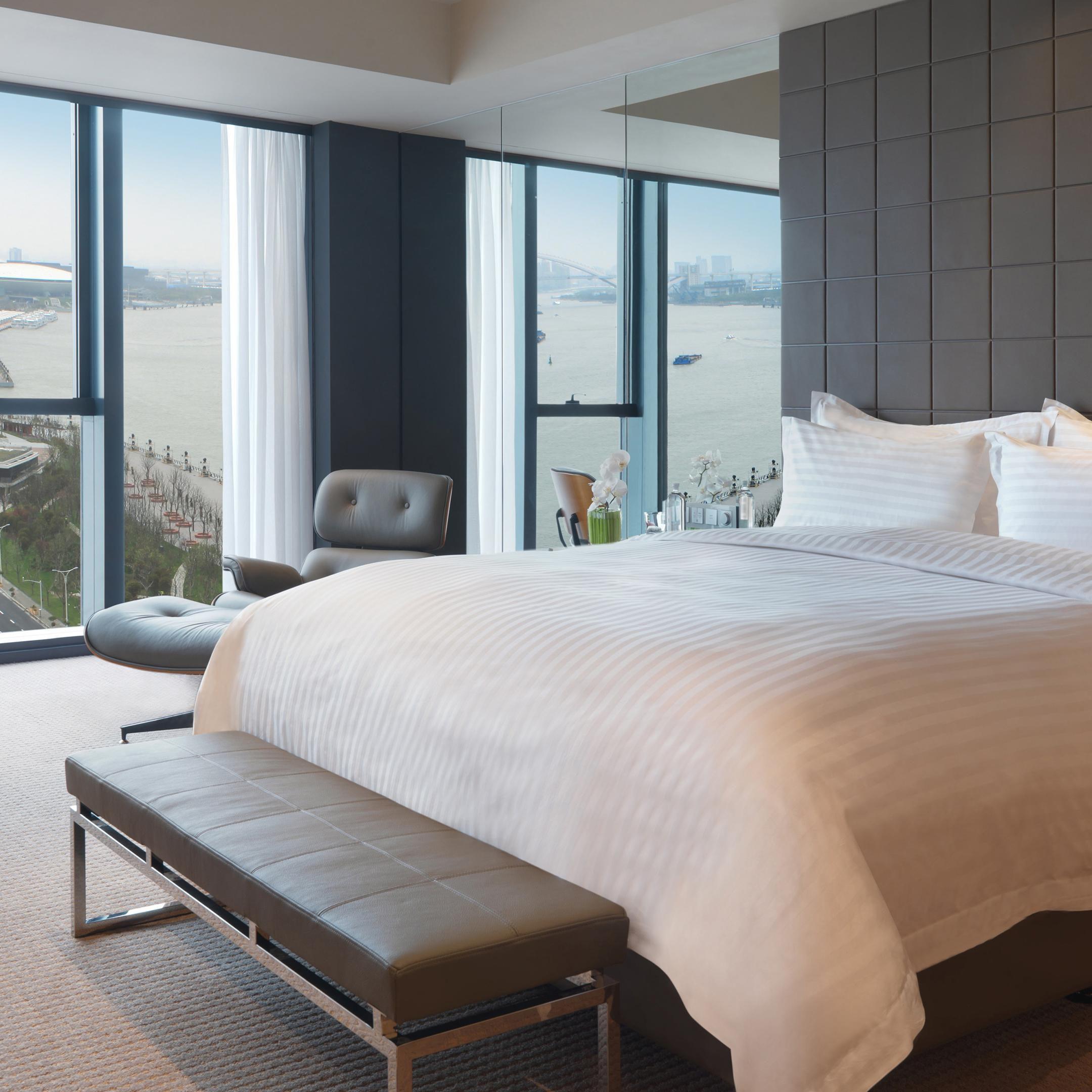 Shanghai Hotels: InterContinental Shanghai Expo Hotel in Shanghai, China