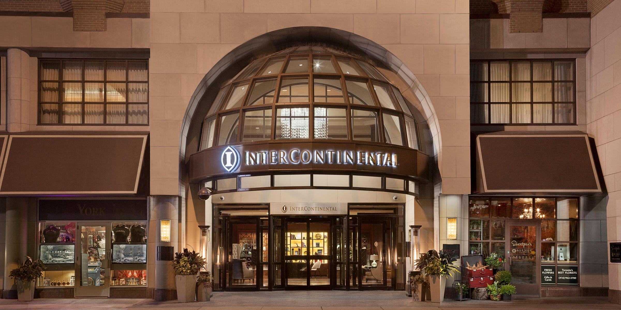 Concierge Desk InterContinental Toronto Yorkville Entrance Exterior Hotel