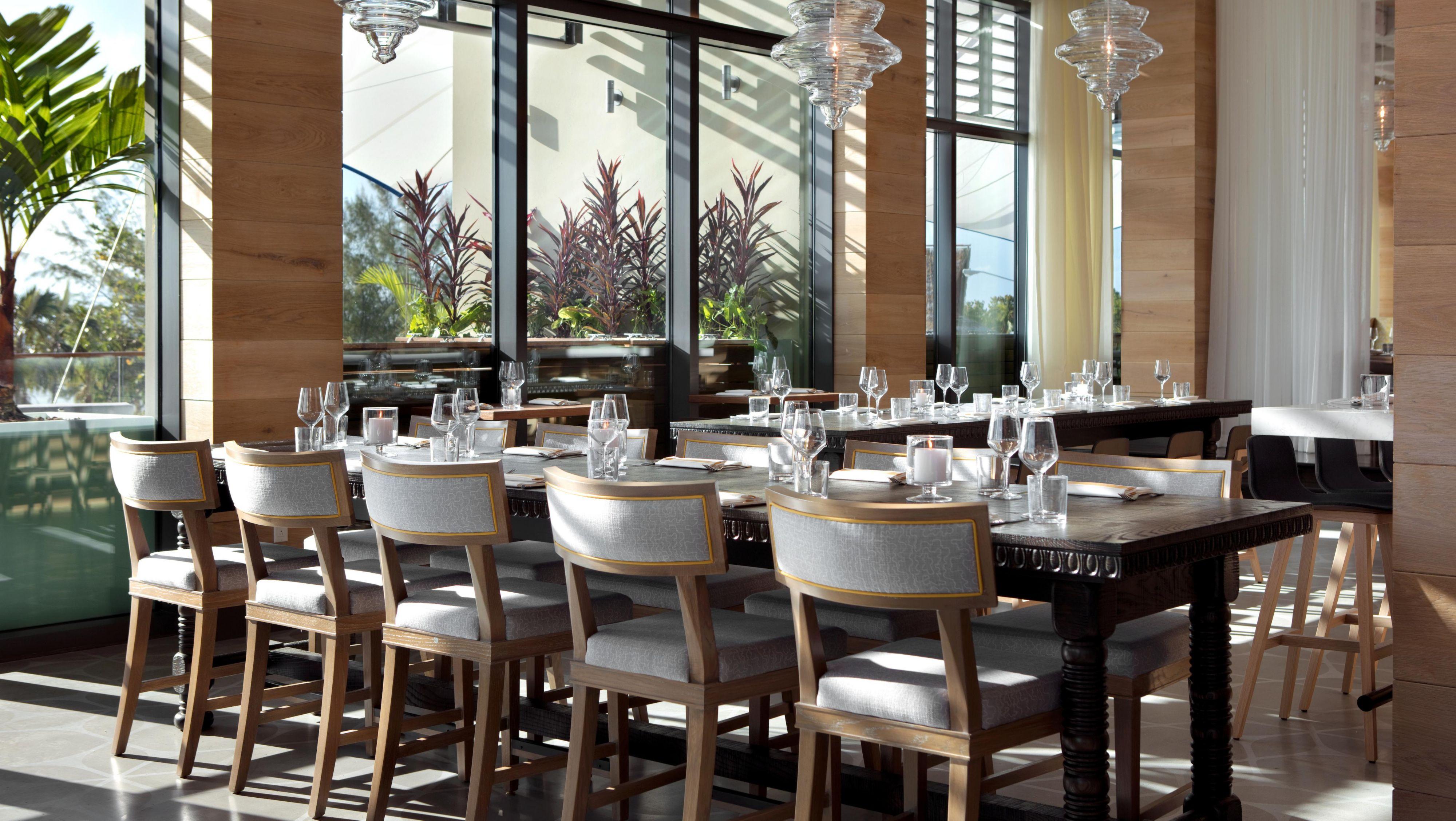 cruises dining grand room mariner oceania pin