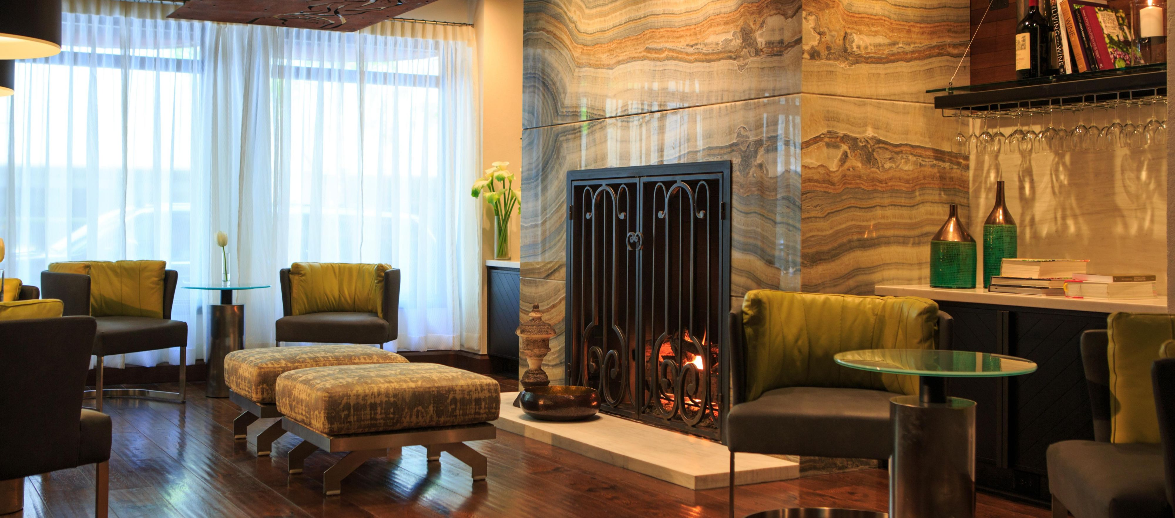 Kimpton Seattle 4654521224 34x15 Hotel Vintage