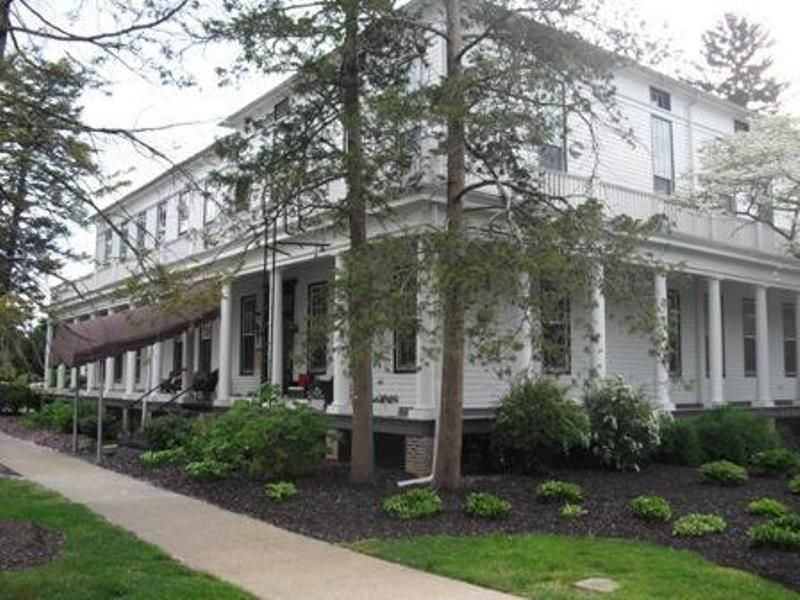IHG Army Hotel Carlisle Barracks Washington Hall Exterior