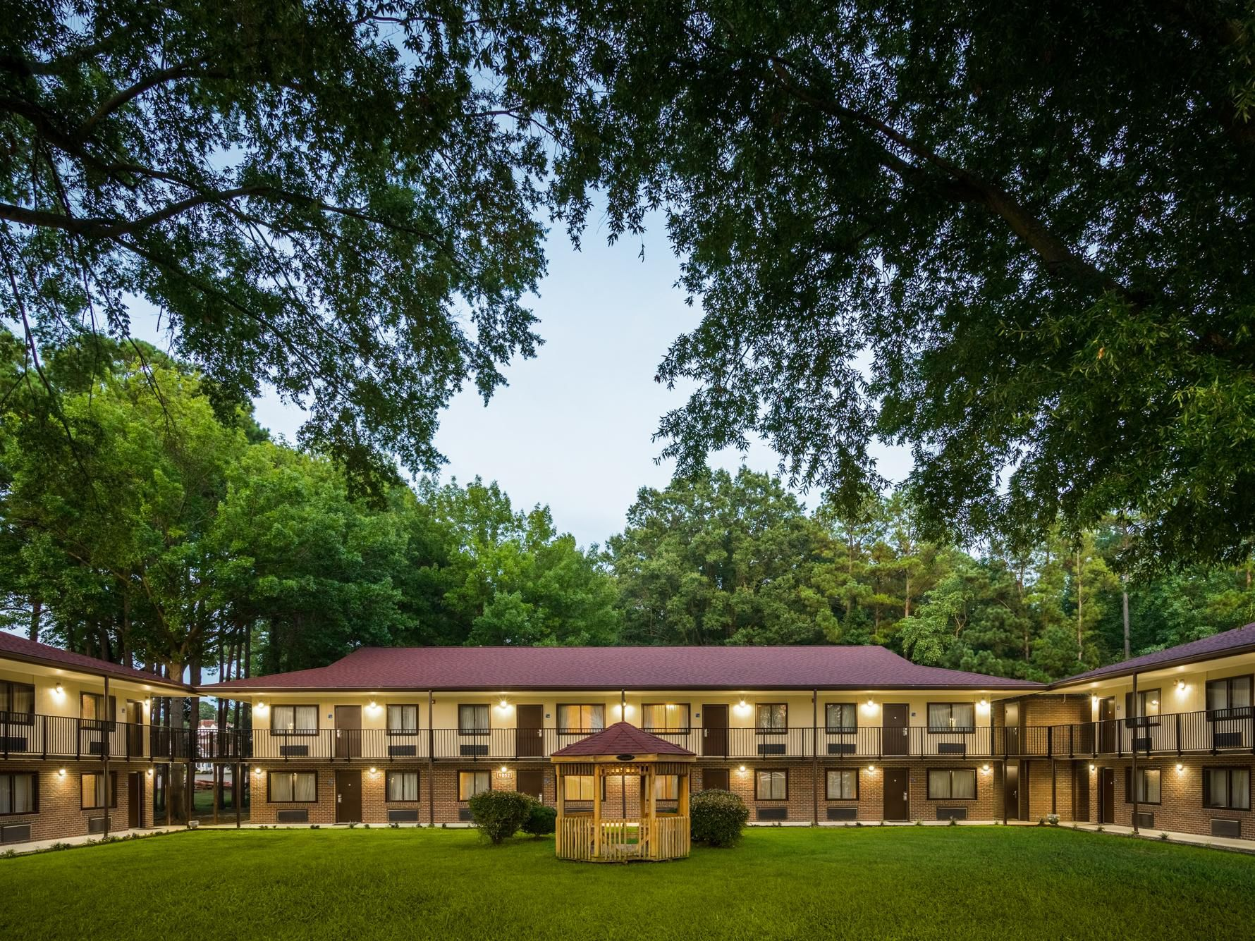 Fort Lee Va >> Ihg Army Hotels Mackintosh Buildings On Fort Lee