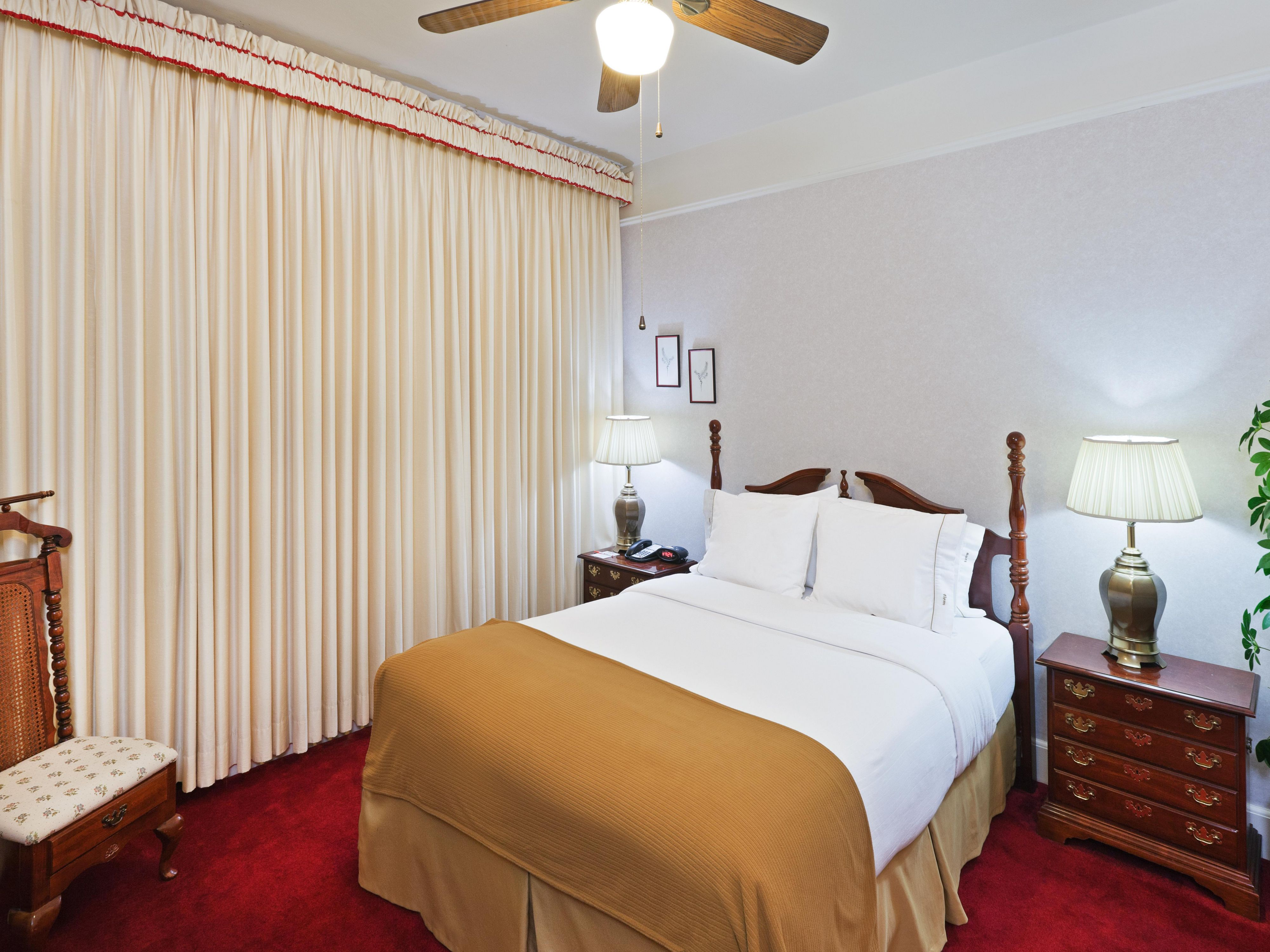 Rooms And Rates For Ihg Army Hotels Comanche House