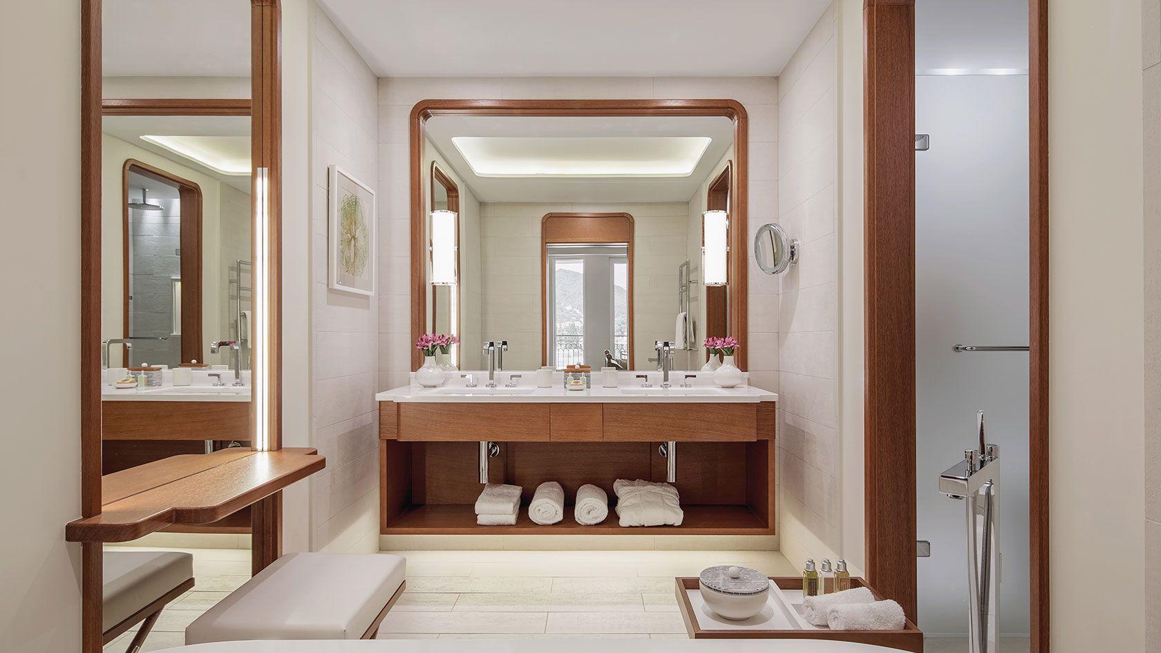 Regent Beijing Room Bathroom