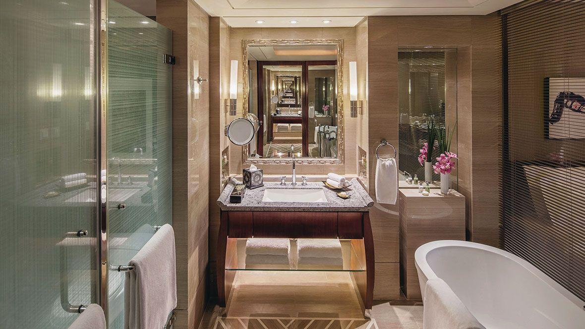 Deluxe-Zimmer Badezimmer