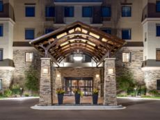 Staybridge Suites Eau Claire - Altoona in Chippewa Falls, Wisconsin