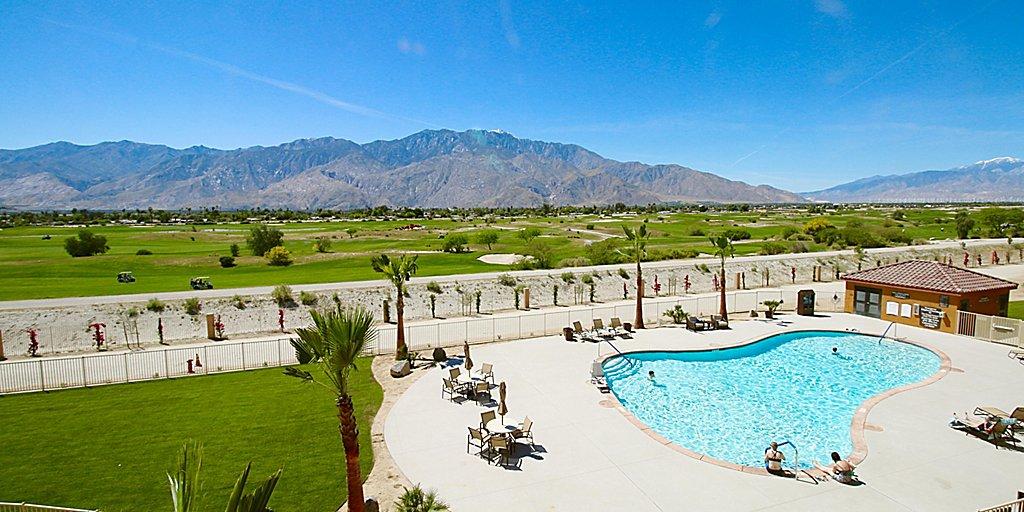 Pool at Staybridge Suites resort
