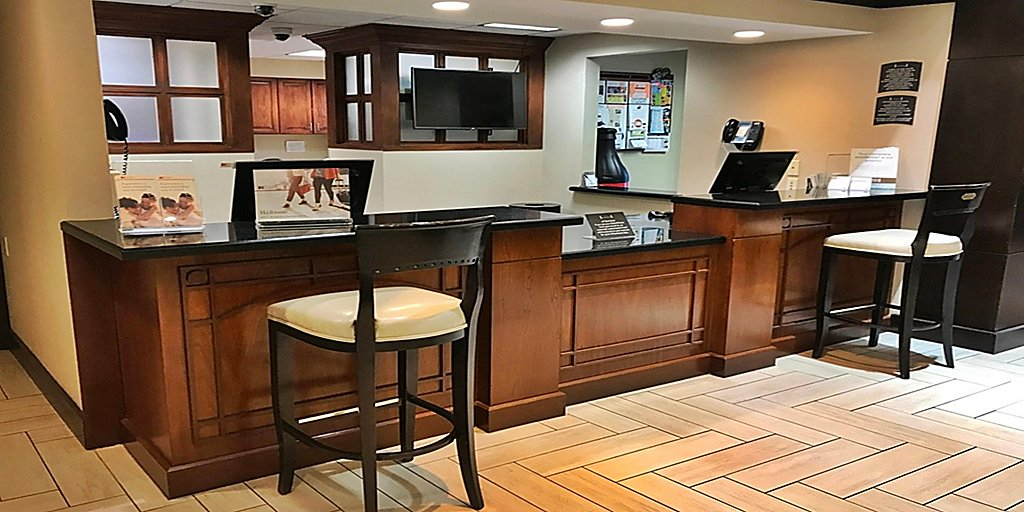 Extended Stay Hotels in Chatsworth, CA | Staybridge Suites Chatsworth
