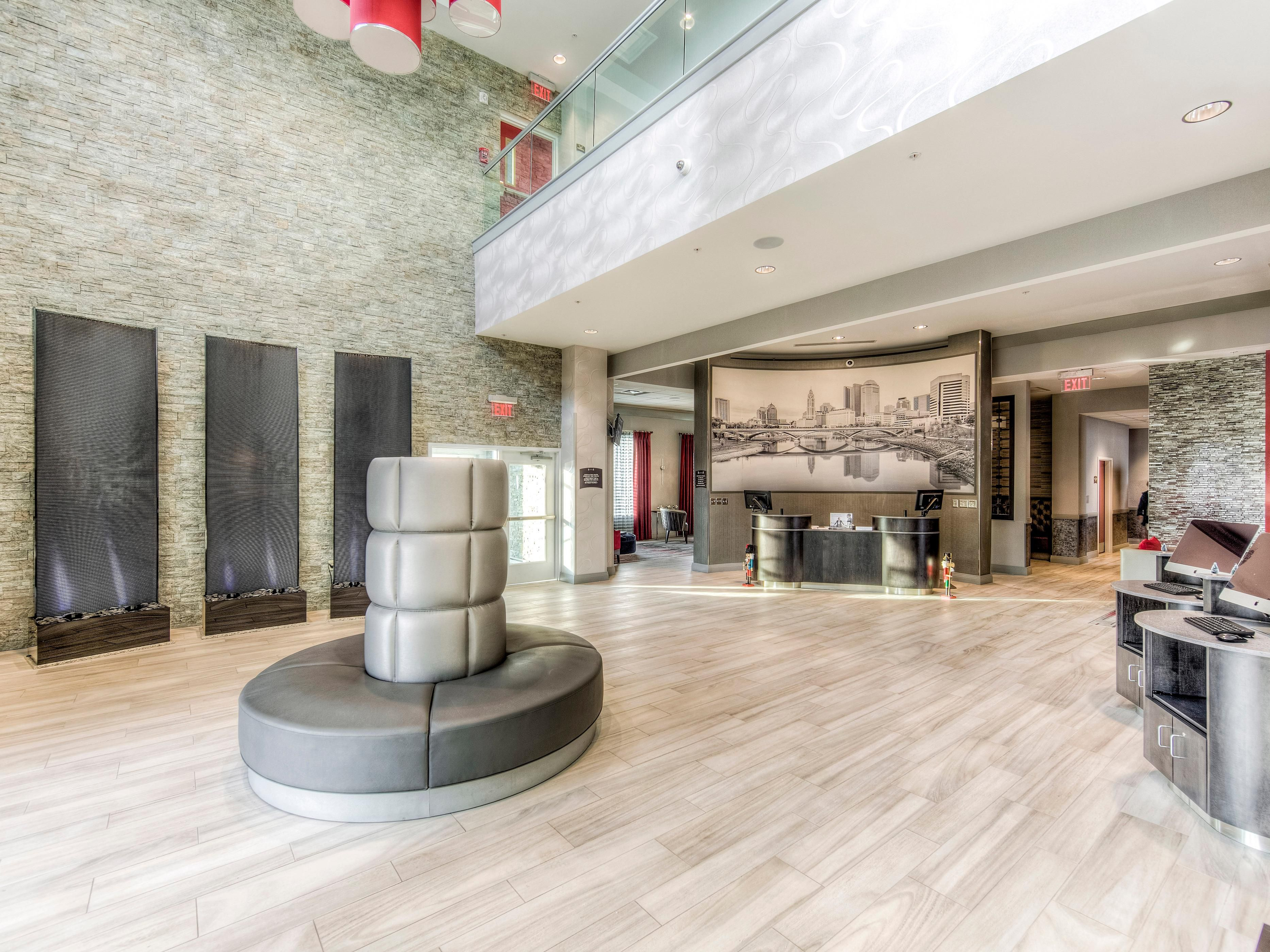 Holiday Inn Express Hotel & Suites Columbus University