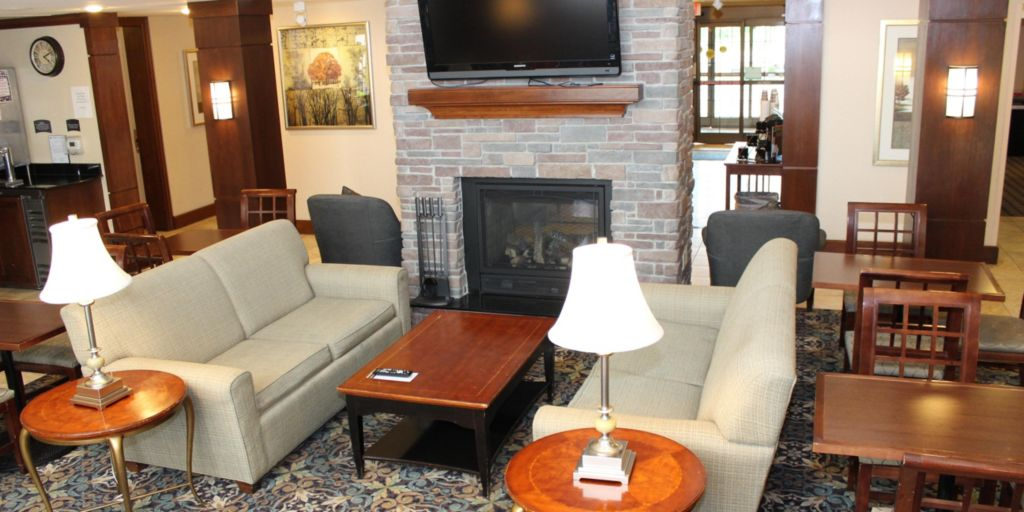Franklin Hotels Staybridge Suites Milwaukee Airport South Extended Stay Hotel In Wisconsin