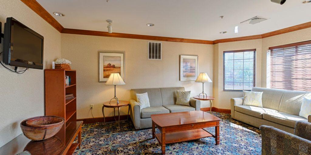Harrisburg Hotels Staybridge Suites Hershey Extended Stay Hotel In Pennsylvania
