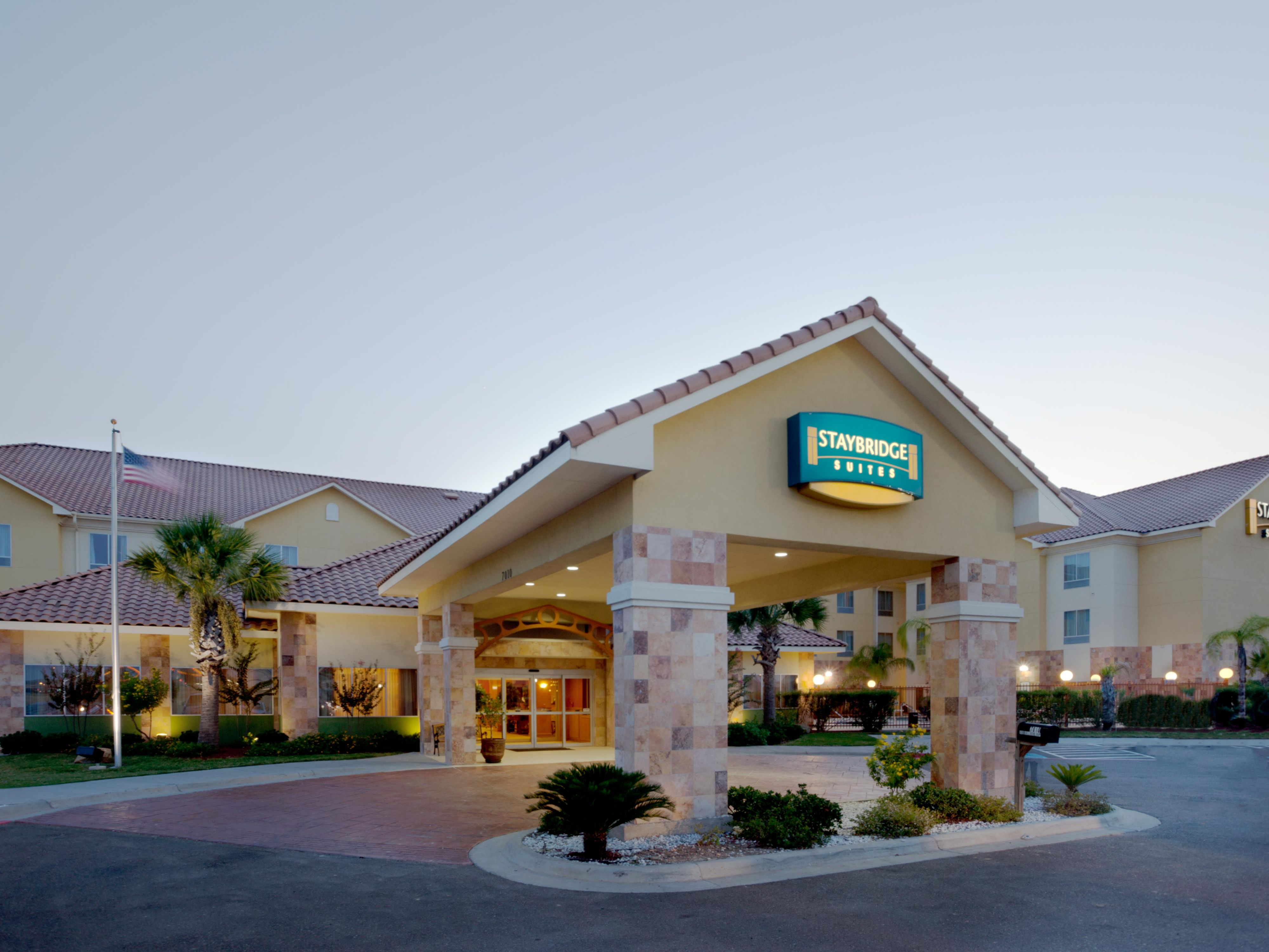 Laredo Hotels Staybridge Suites International Airport Extended Stay Hotel In Texas