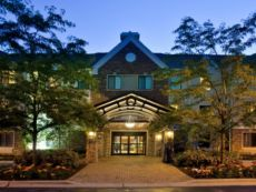 Staybridge Suites Chicago - Lincolnshire in Oakbrook Terrace, Illinois