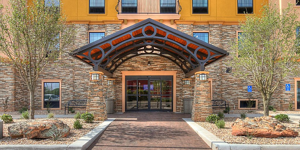 Lubbock Hotels: Staybridge Suites Lubbock South - Extended Stay