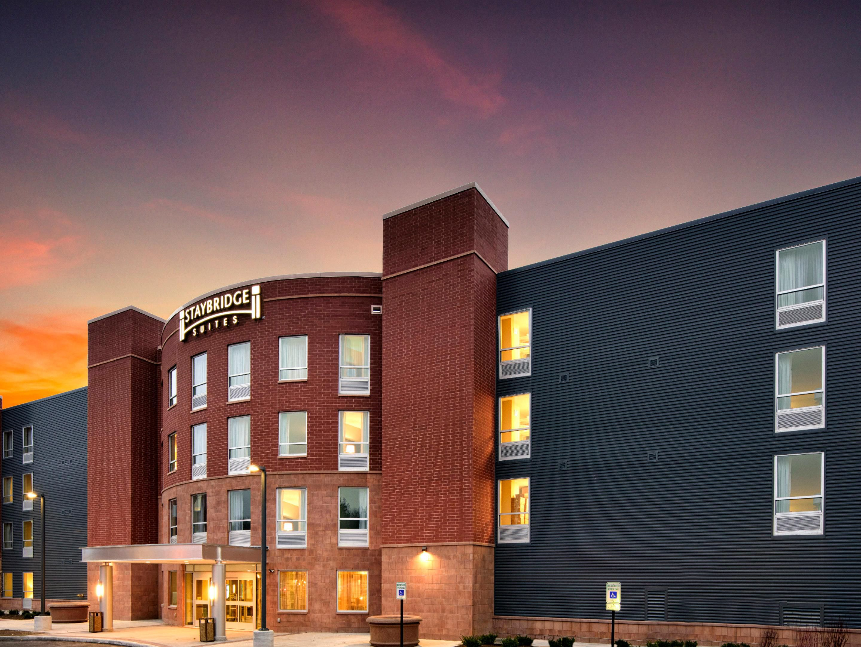 Marquette Hotels  Staybridge Suites Marquette