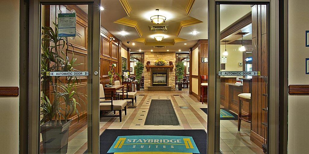 Mississauga Hotels: Staybridge Suites Toronto Mississauga