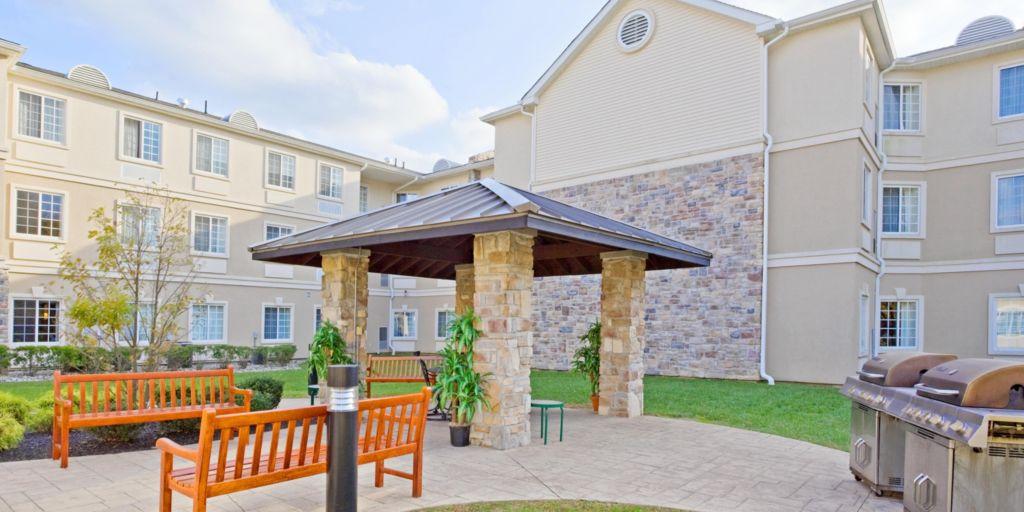 Staybridge Suites Mt Laurel Barbecue Pavilion