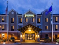 Staybridge Suites Milwaukee West-Oconomowoc in Delafield, Wisconsin
