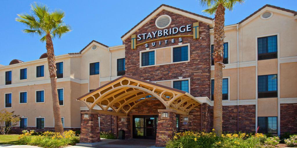 Staybridge Suites Palmdale Hotel Entrance