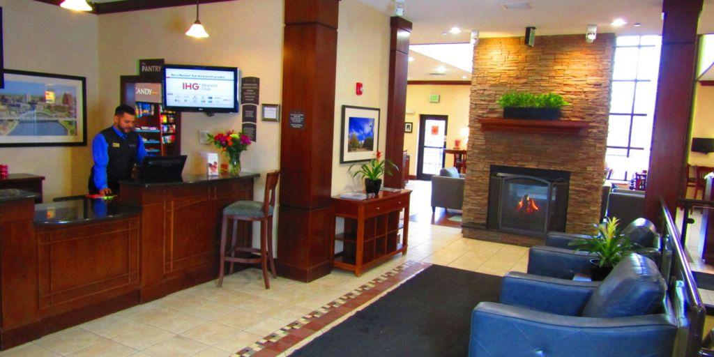 Rochester, NY Hotel - Staybridge Suites Rochester University Hotel on