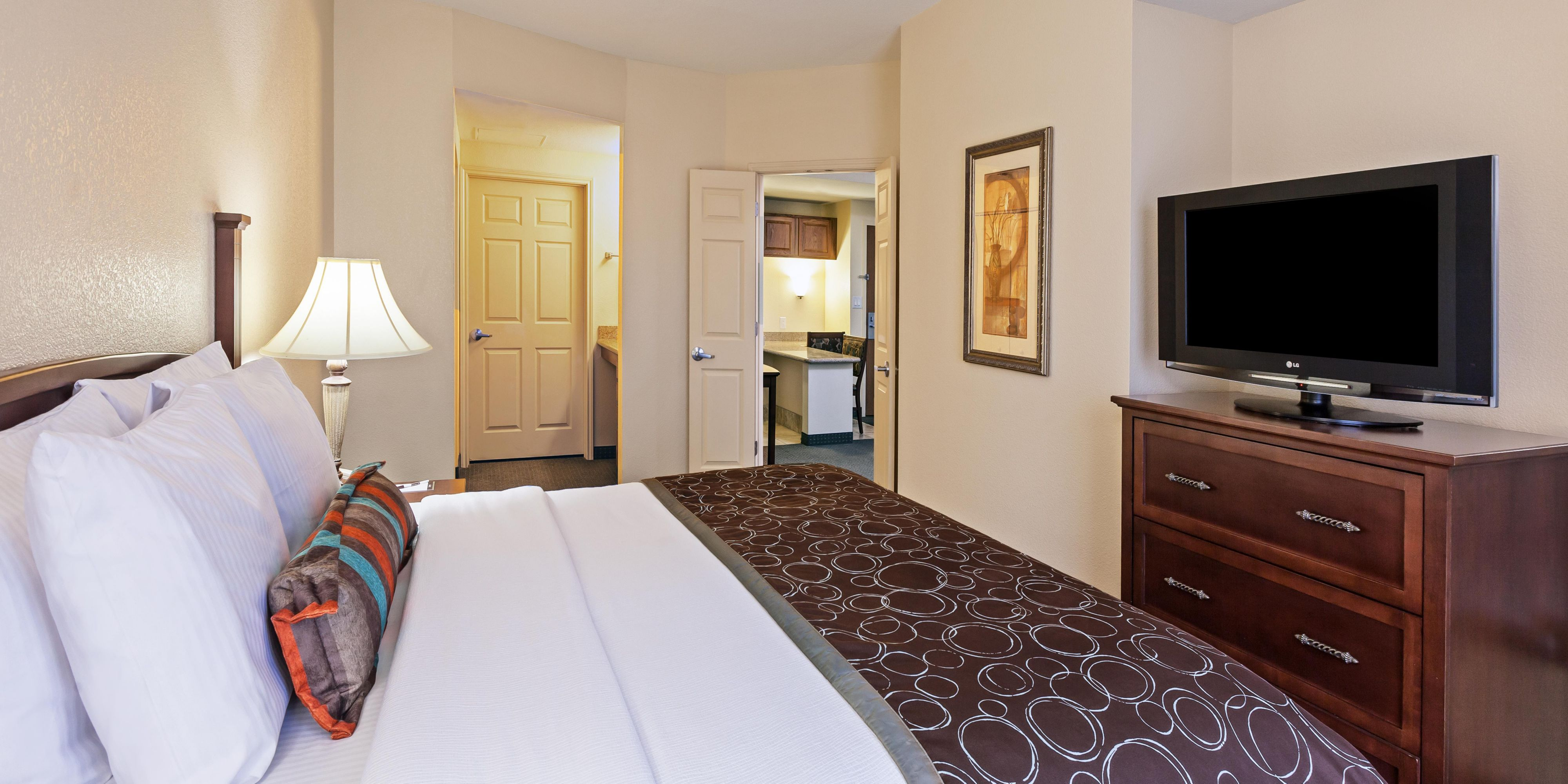 2 bedroom suite san francisco ~ piazzesi