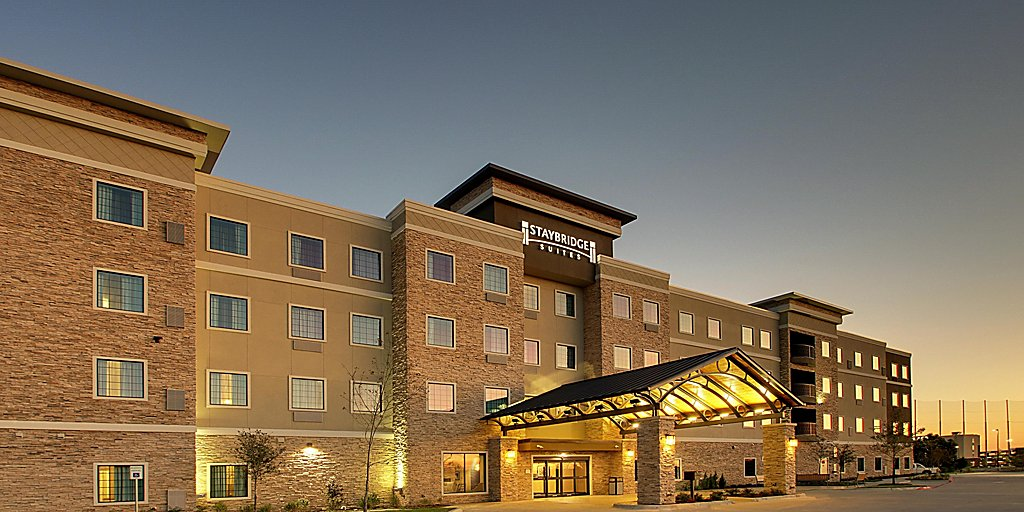 Extended Stay Hotels in The Colony, TX | Staybridge Suites