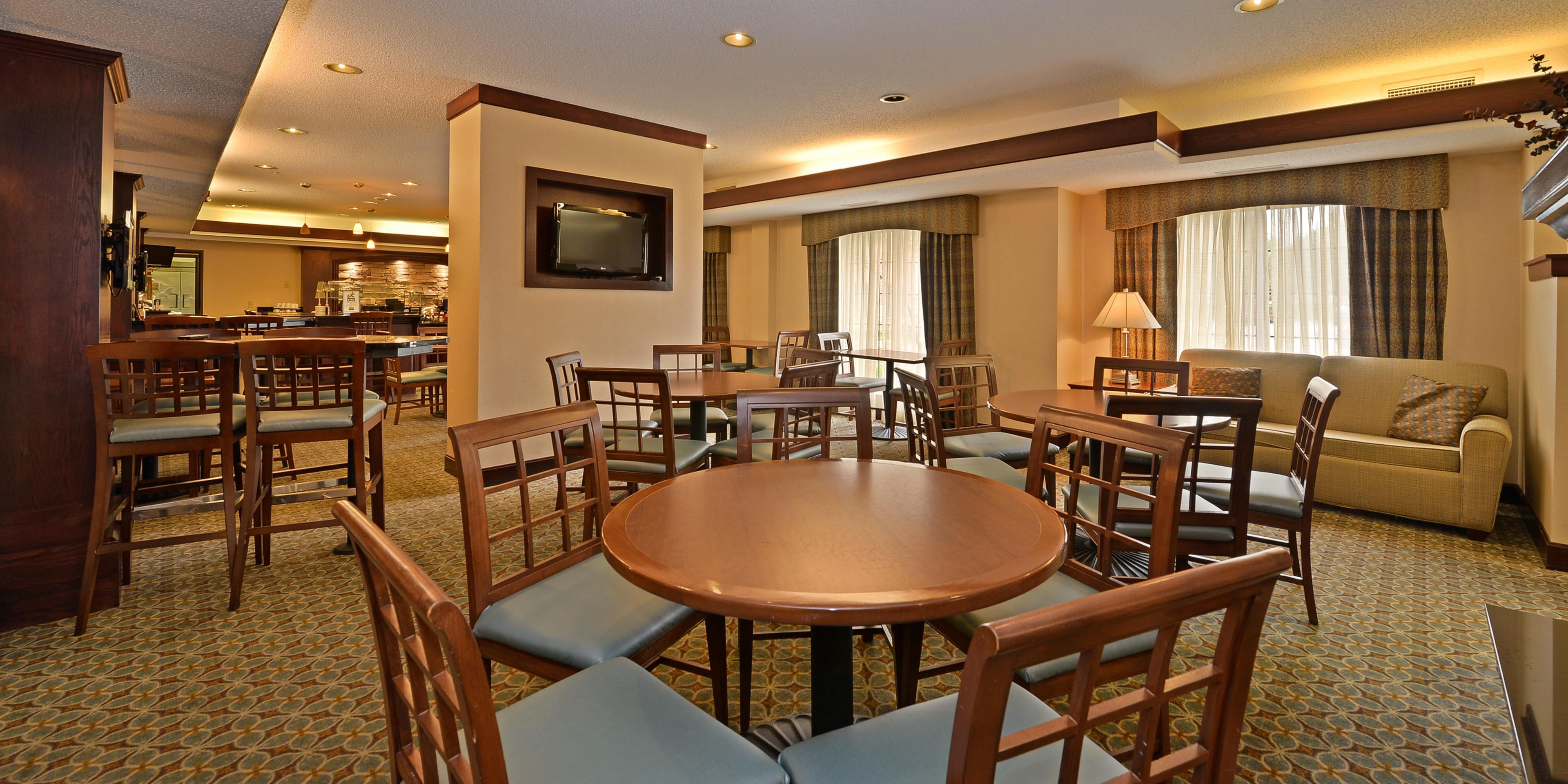 Des Moines Hotels: Staybridge Suites West Des Moines   Extended Stay Hotel  In Des Moines, Iowa