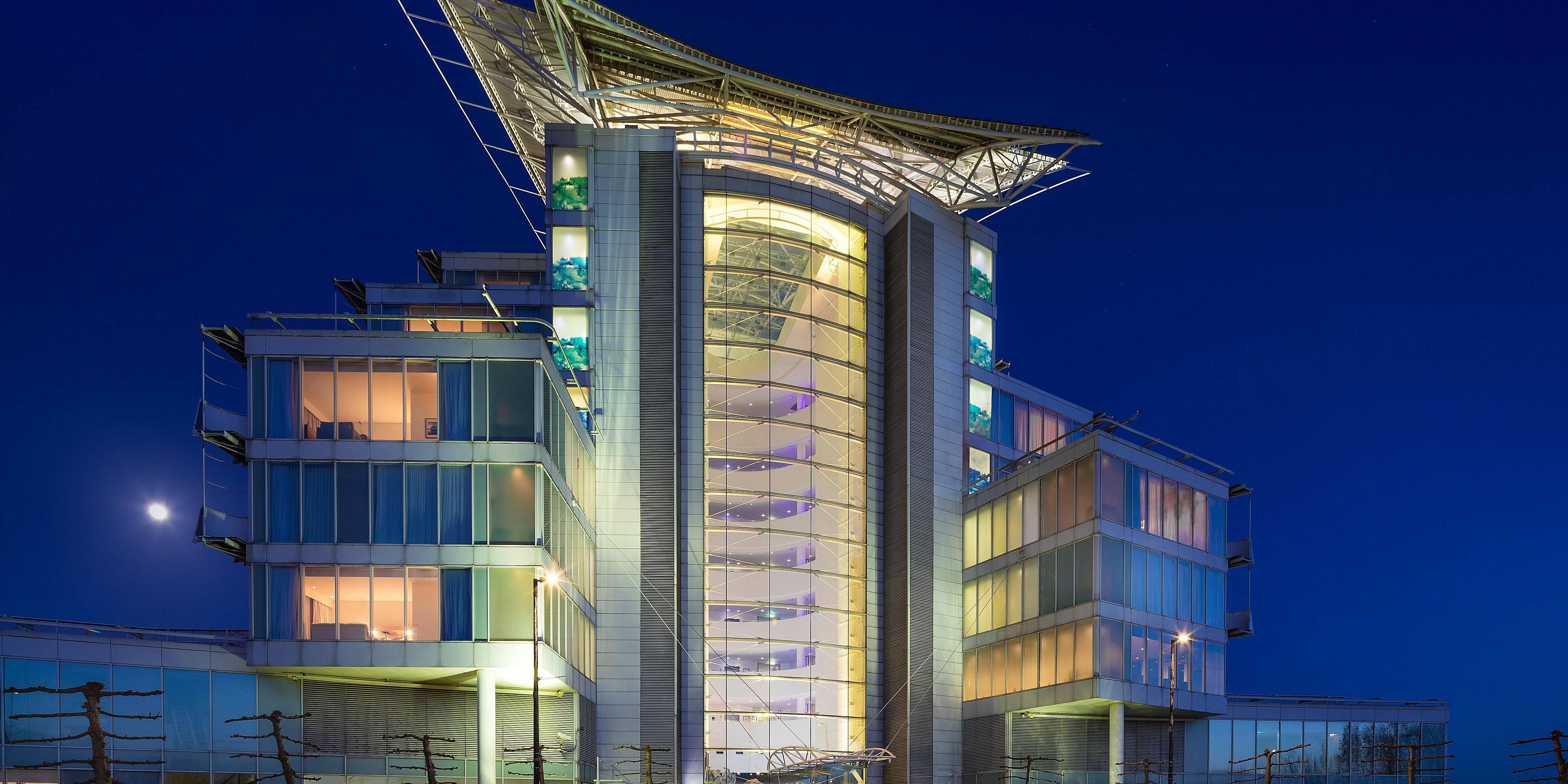5-Star Waterfront Hotel and Spa | voco St  David's Cardiff (Formerly